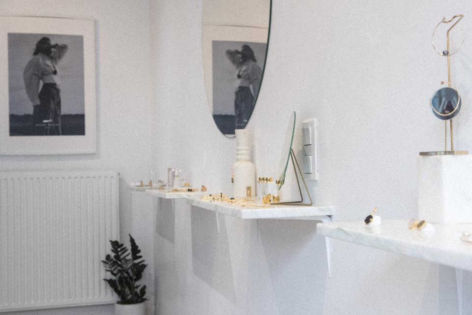 Boutique Gamme Blanche (Marine Penet) - Maisons de Mode